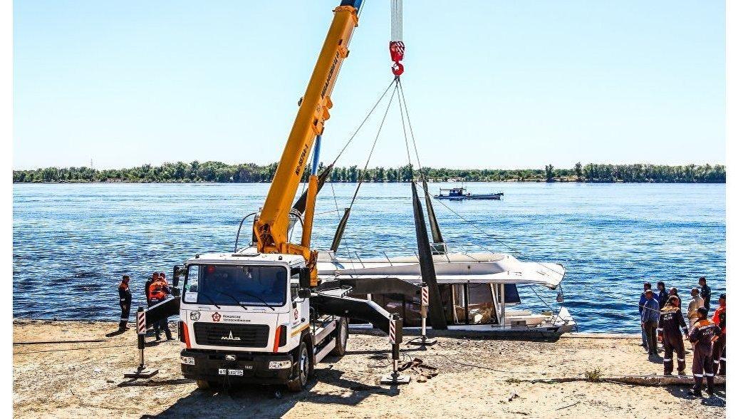 Владельца лодочной станции в Волгограде могут задержать после крушения катамарана