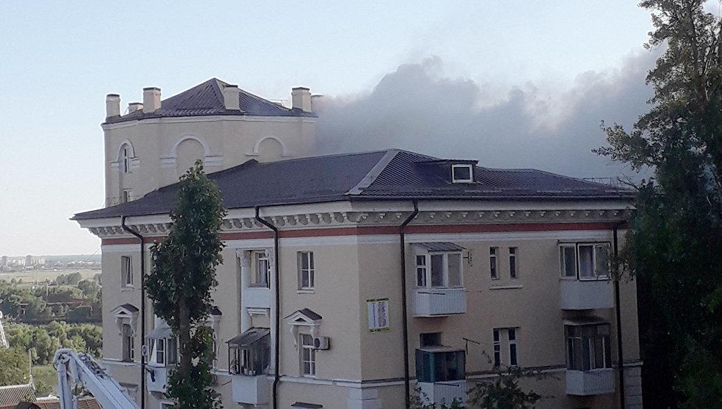 В Ростове ликвидировали пожар в жилом доме