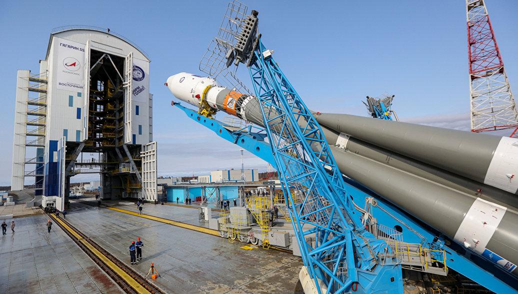 На Восточный доставили части ракет