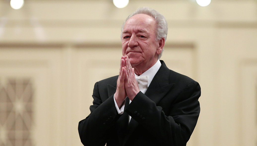 Государственная премия вдвойне приятнее иностранных наград, заявил Темирканов