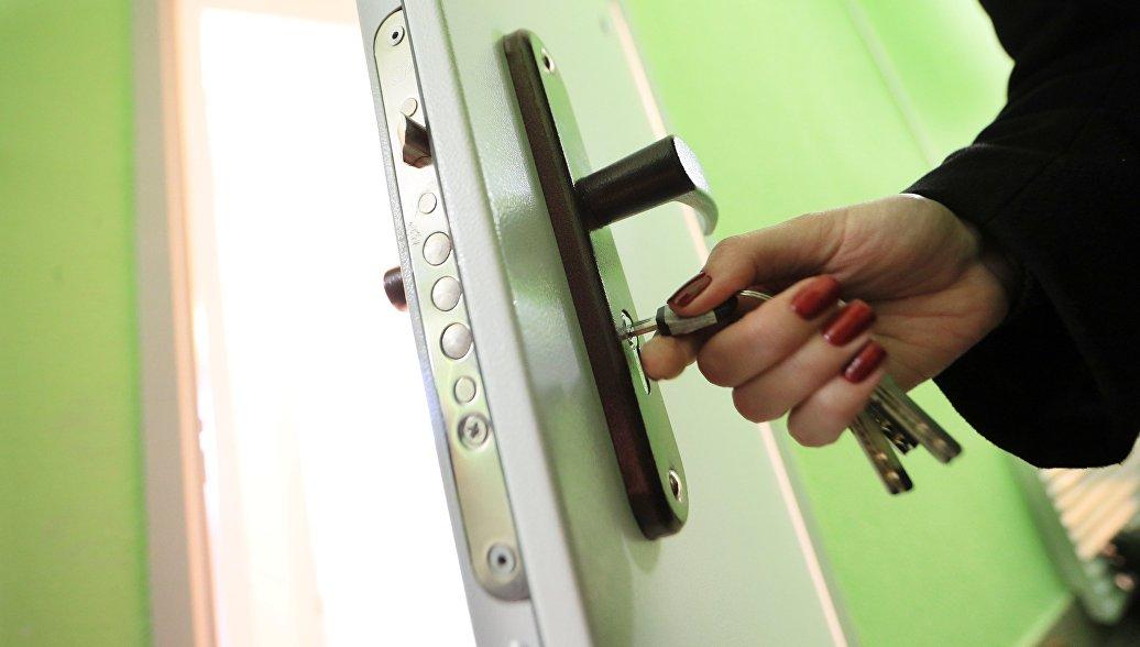 Нижегородцы, жившие три года в аварийном доме, получили новые квартиры