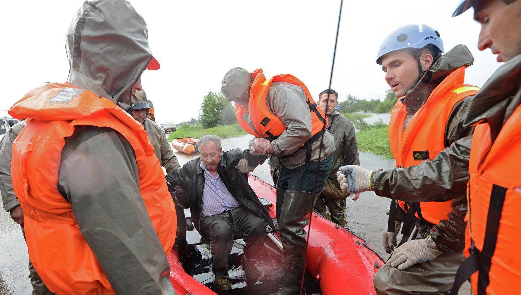 В Хабаровском крае сельчане остались без хлеба и пенсий из-за смытого моста