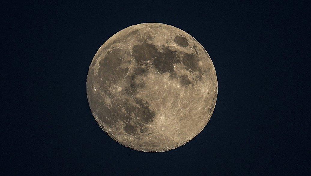 Китайский спутник-ретранслятор первым в мире вышел на точку L2 на обратной стороне Луны