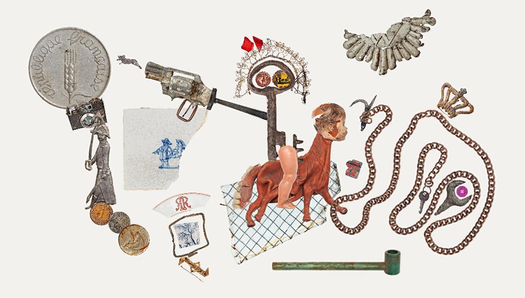 Пистолеты, рубли, вставные зубы: музей находок из каналов Амстердама