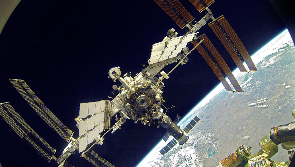 Орбиту МКС откорректируют 26 июля