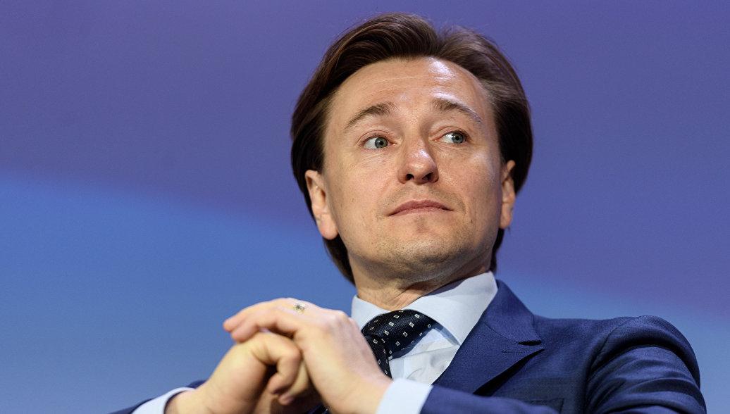 Сергей Безруков представил третью песню