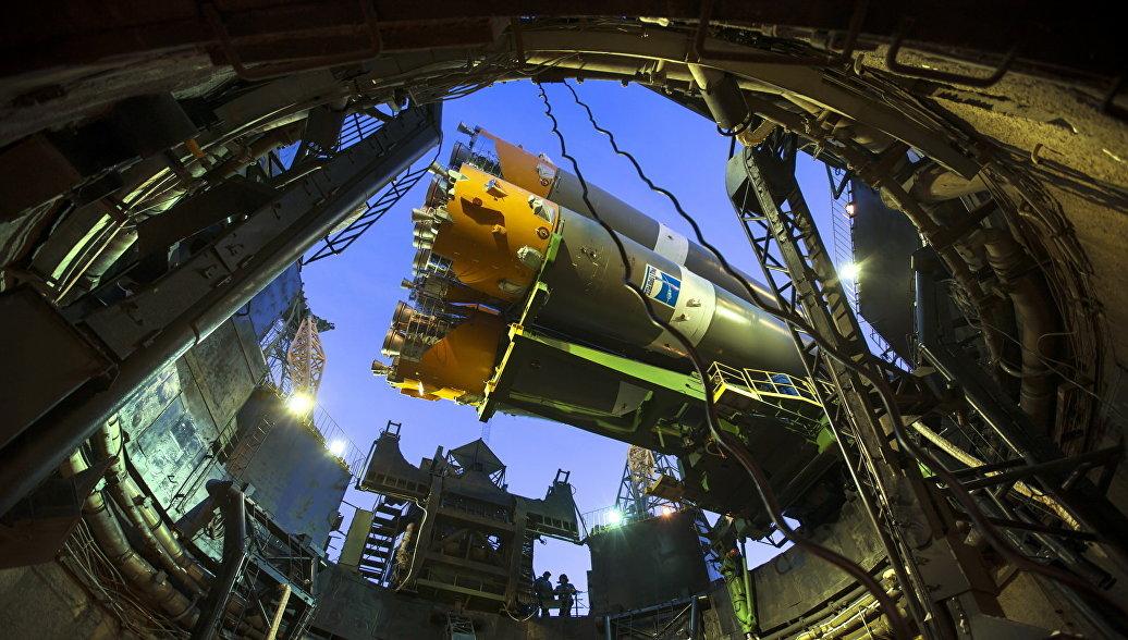 Ракету с кораблем