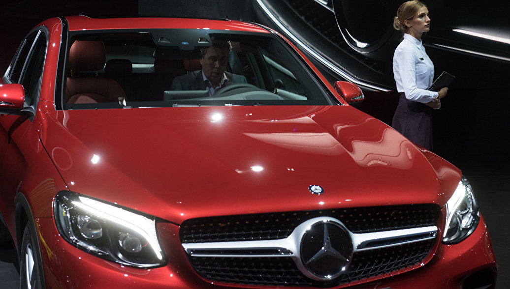 Mercedes-Benz установил рекорд по продажам автомобилей