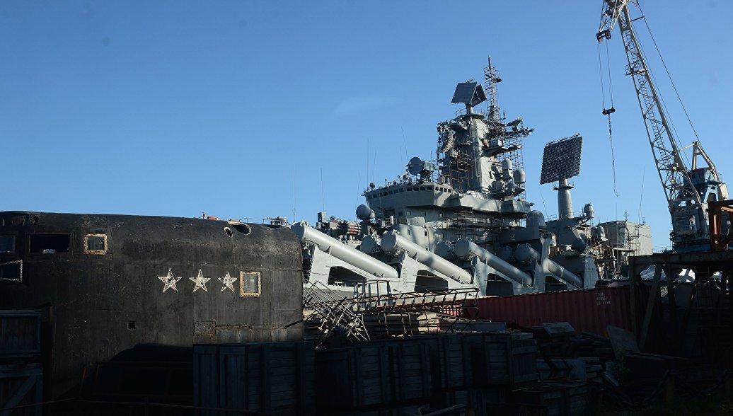 Корабли Севфлота с крейсером