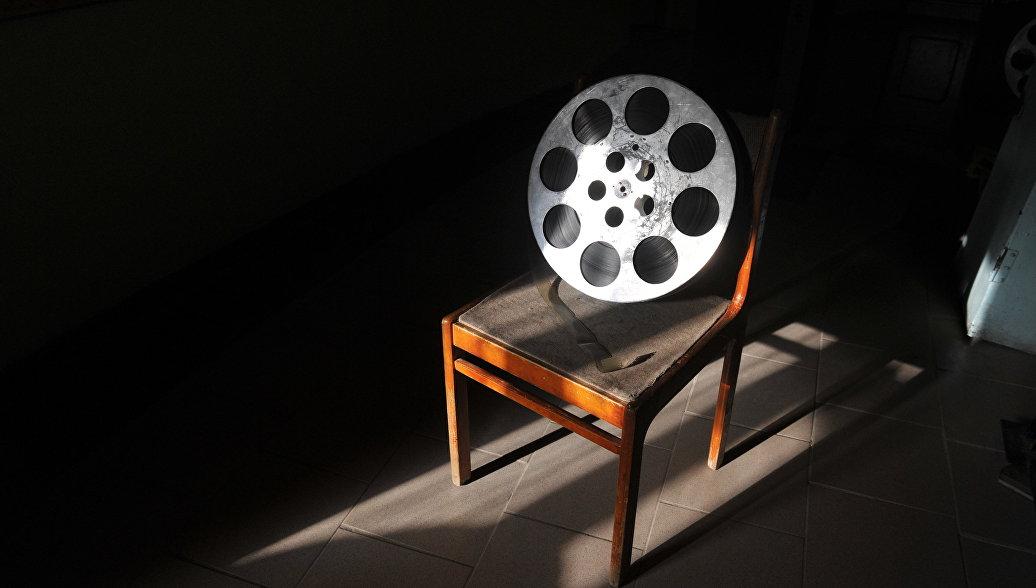 Совфед одобрил закон о показе фильмов без прокатного удостоверения