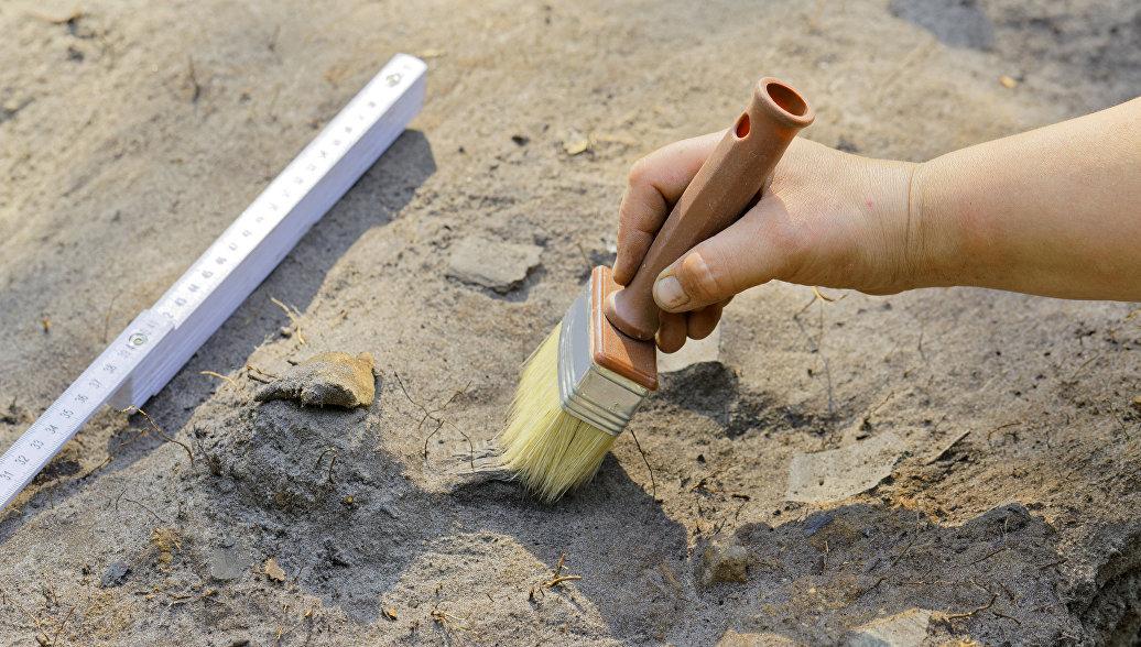 В Израиле археологи нашли в пещере амфоры, спрятанные две тысячи лет назад