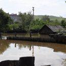 В амурском селе вода перелилась через дамбу и подтопила участки