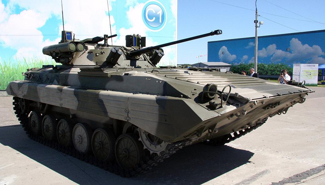 Мотострелки в Оренбуржье получили первые восемь БМП-2М