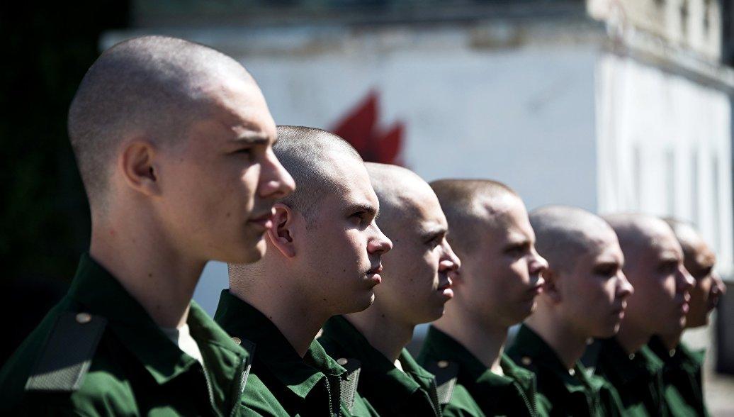 Более 130 тысяч россиян призвали на военную службу этой весной