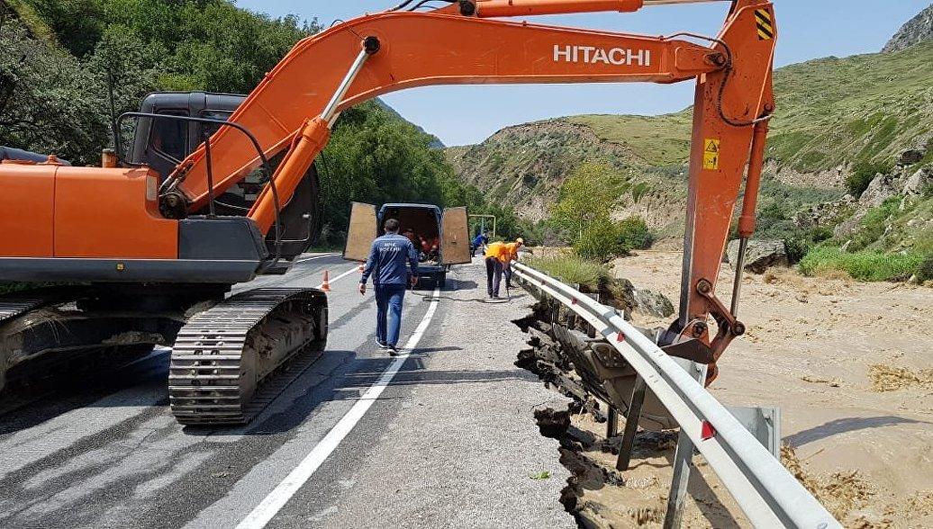 В Кабардино-Балкарии контролируют угрозу прорыва дамбы на реке Черек