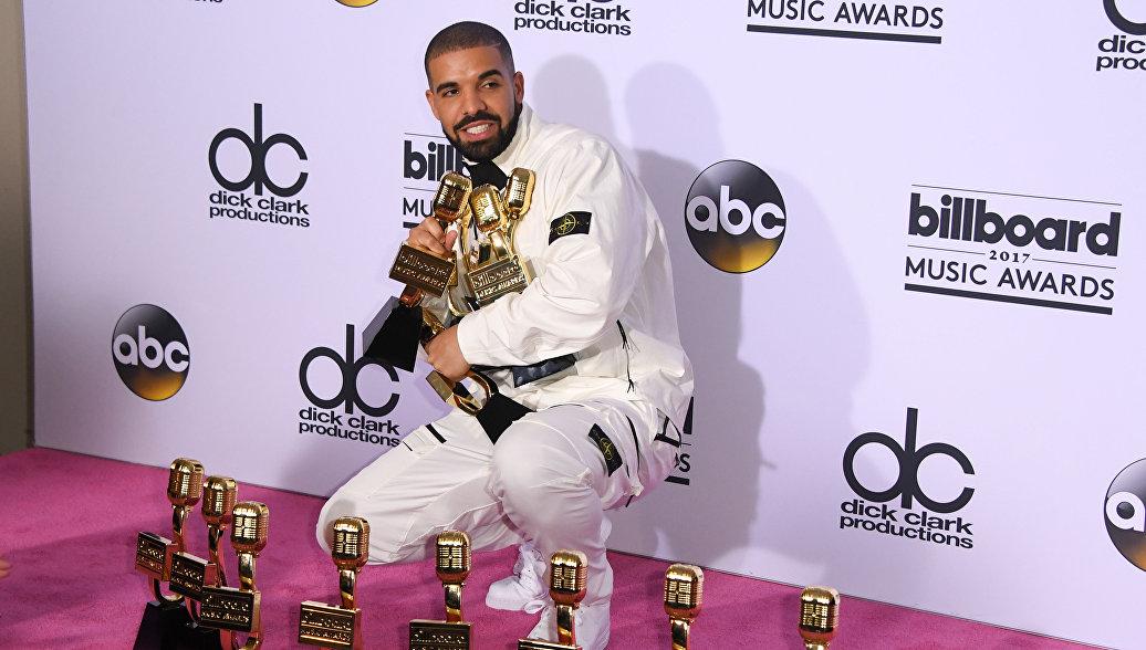 Рэпер Drake побил рекорд The Beatles, установленный в 1964 году