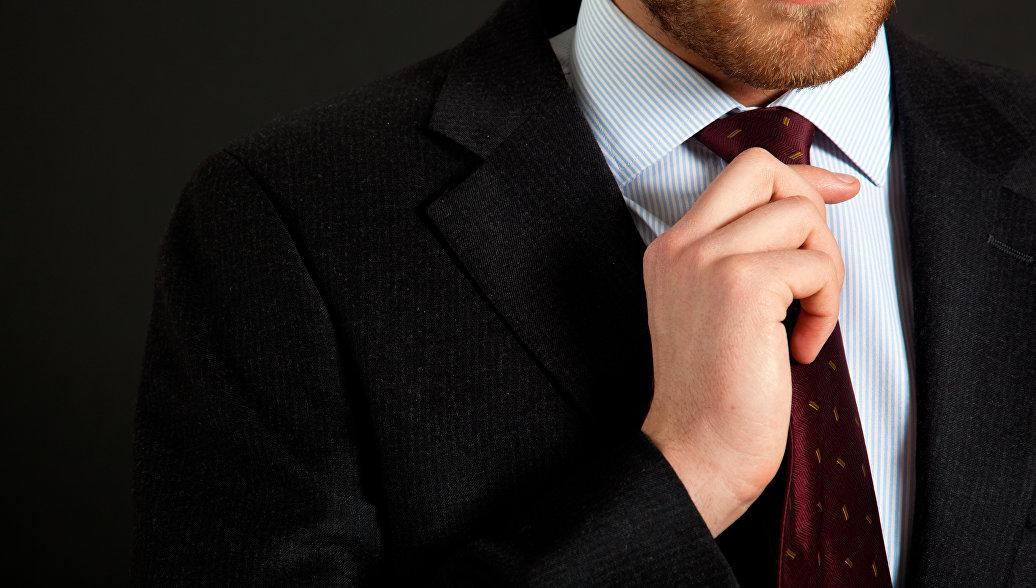 Врачи рассказали о вреде галстуков