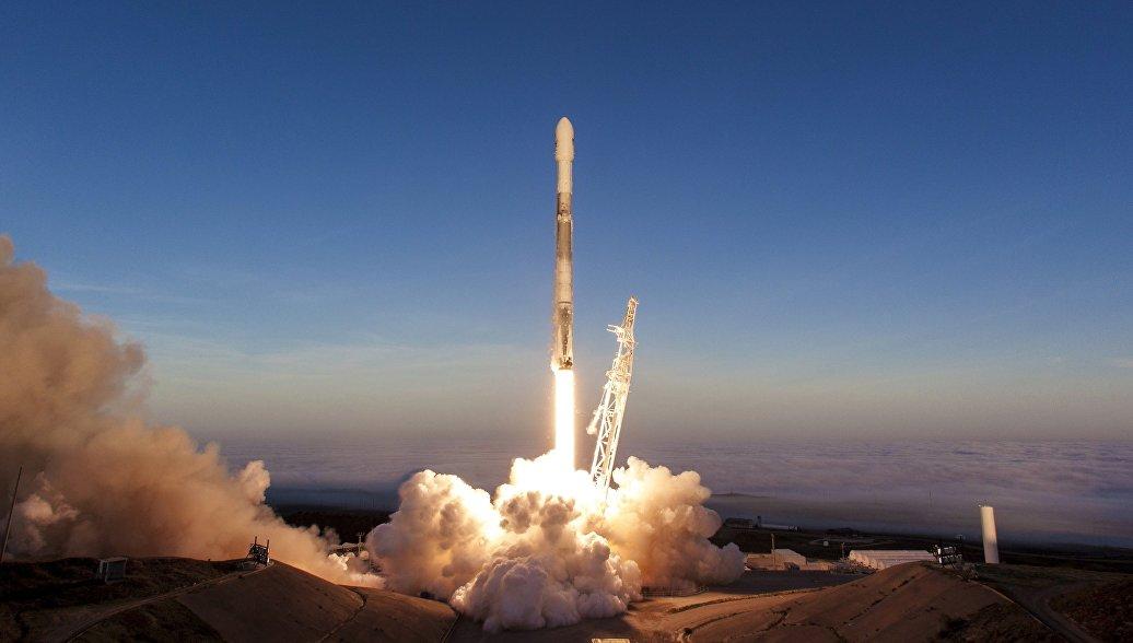 Первая ступень Falcon 9 совершила посадку на плавучую платформу