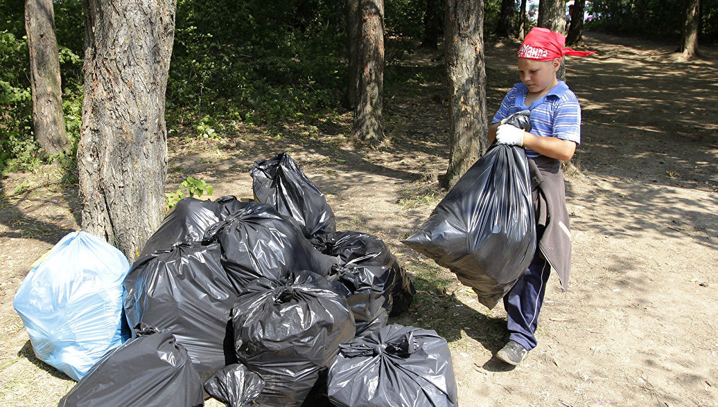 В Усть-Коксинском районе прошел эколого-волонтерский марафон