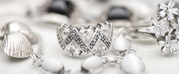 Как выгодно продать серебро?