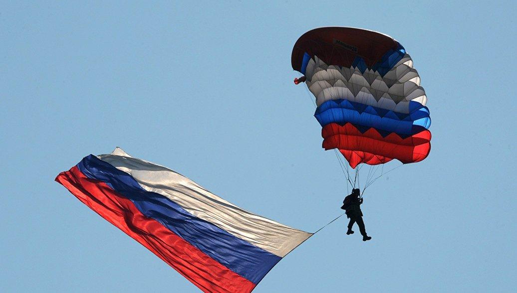 Названы сроки поступления в ВДВ самого грузоподъемного в мире парашюта