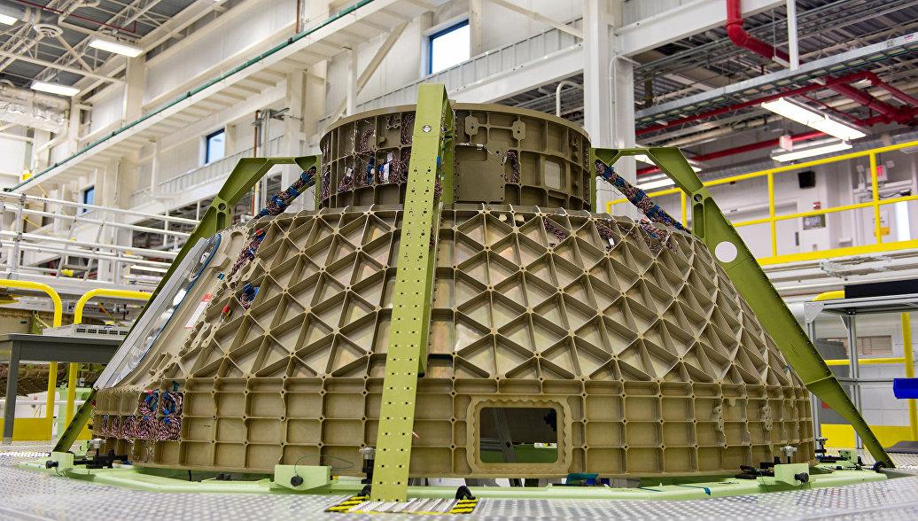 NASA представило астронавтов, которые первыми совершат полет на Starliner