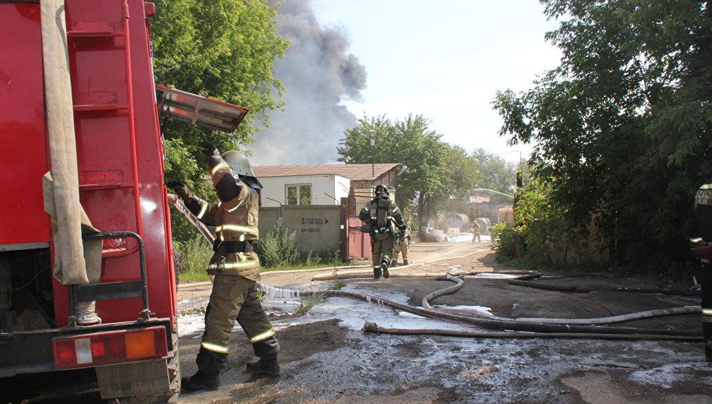 В Тульской области пожарные спасли от возгорания церковь XIX века
