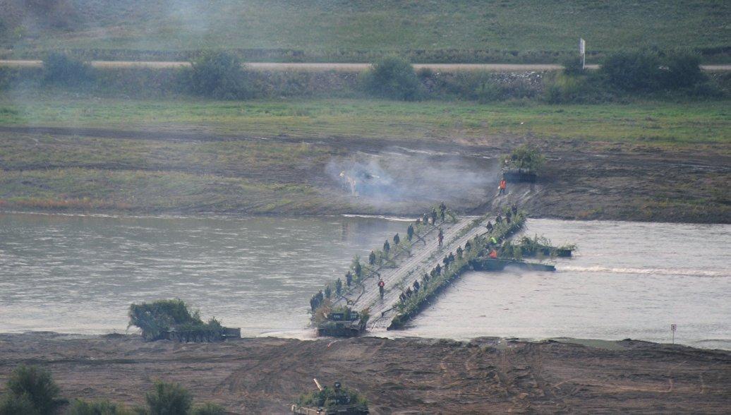 Военные из России и Монголии начали контртеррористическую операцию на учениях