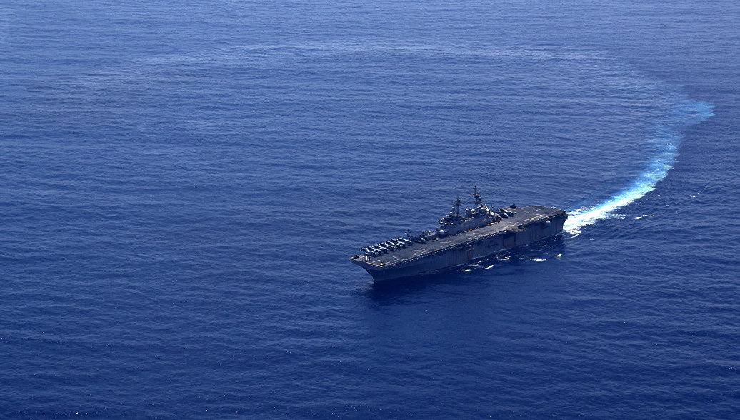 В Катар прибыл десантный корабль США
