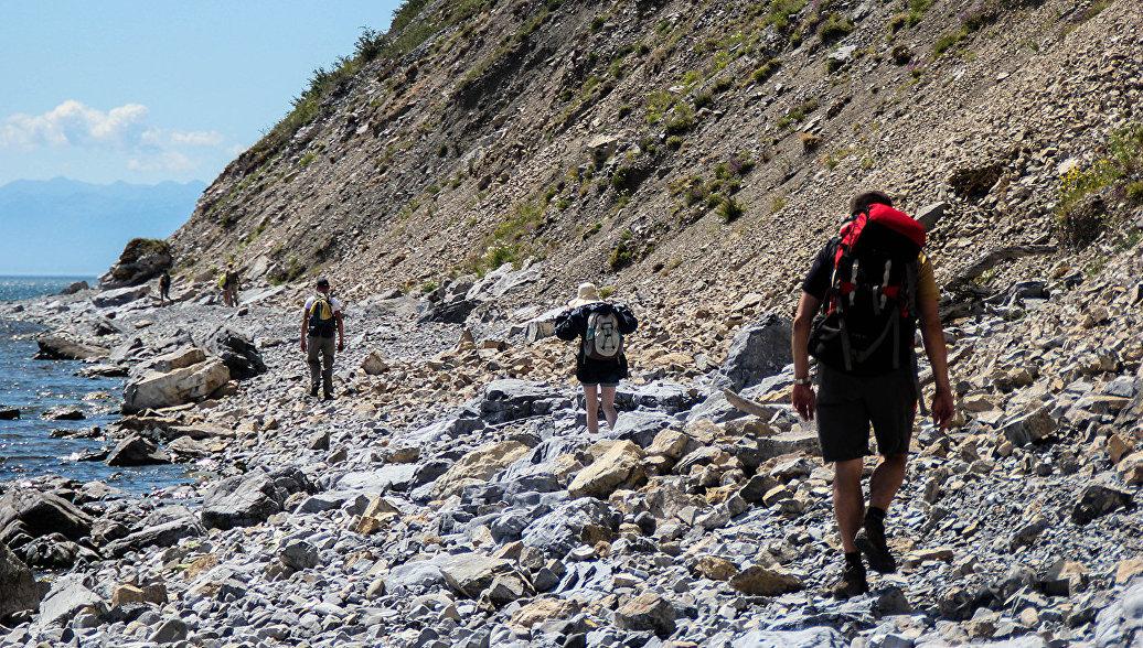 Эксперт: введение правил туризма поможет регулировать загрязнение Байкала
