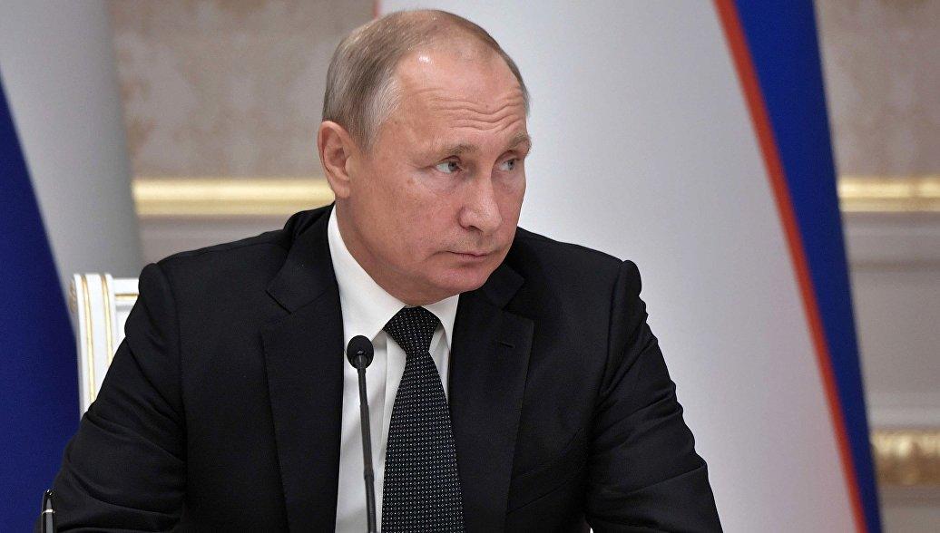 Путин призвал повысить доступность российского искусства