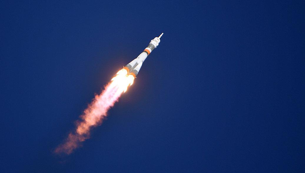 Рогозин доложил Медведеву об организации расследования аварии с