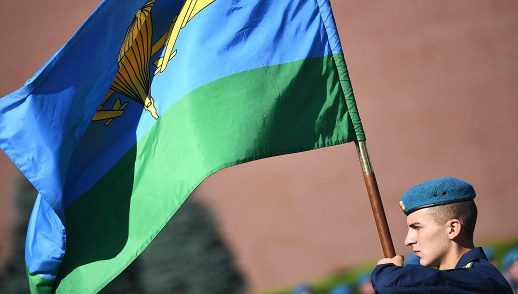 Курсанты проходят отличную школу в рязанском училище ВДВ, заявил губернатор