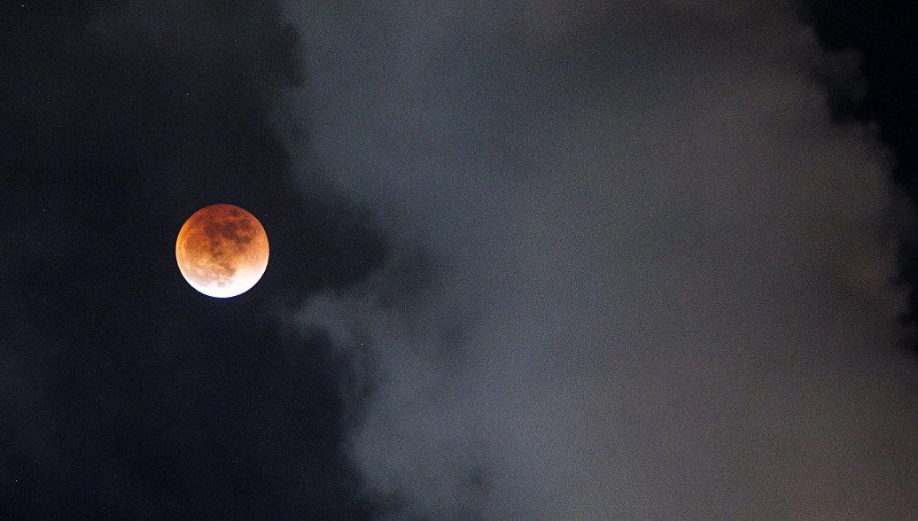 За контракт НАСА для лунных миссий поборются девять частных компаний