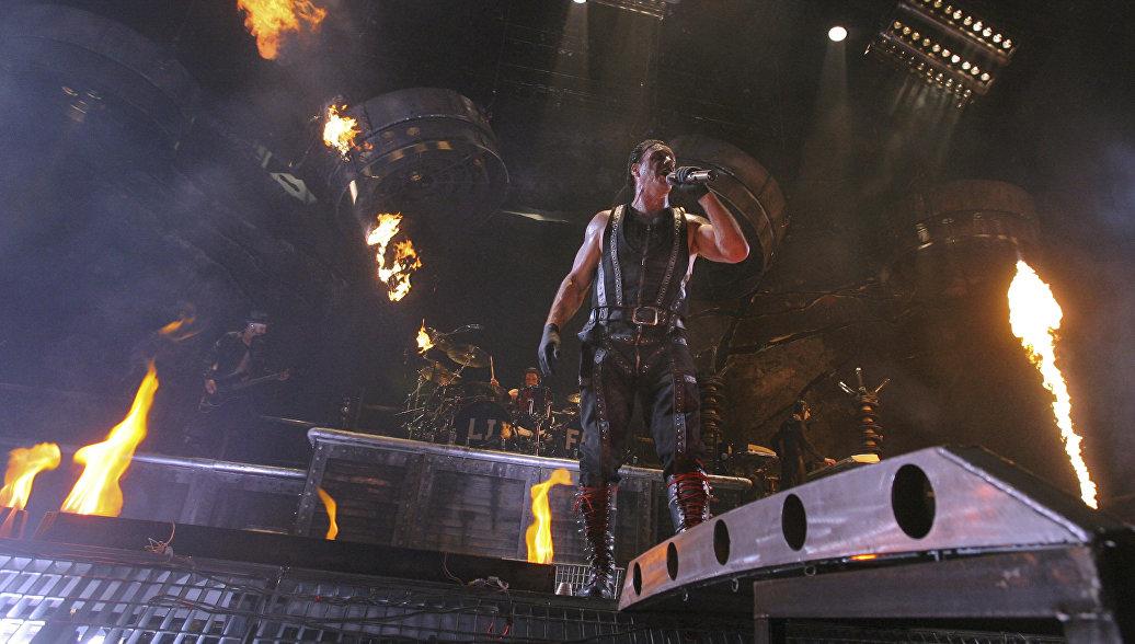 В России зрители концертов солиста Rammstein не смогут снять шоу на телефон