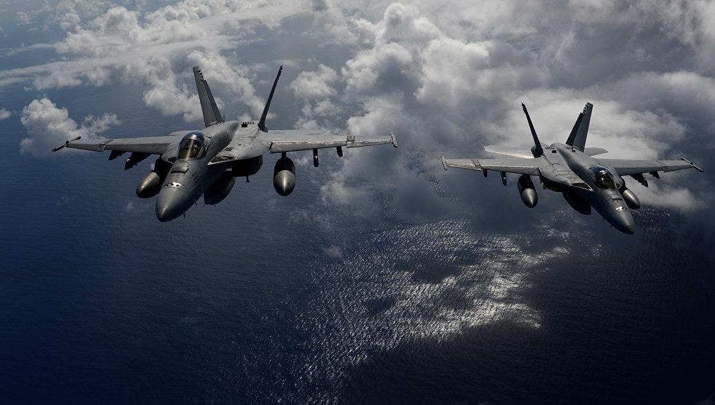 Истребитель и самолет KC-130 ВМС США столкнулись у побережья Японии