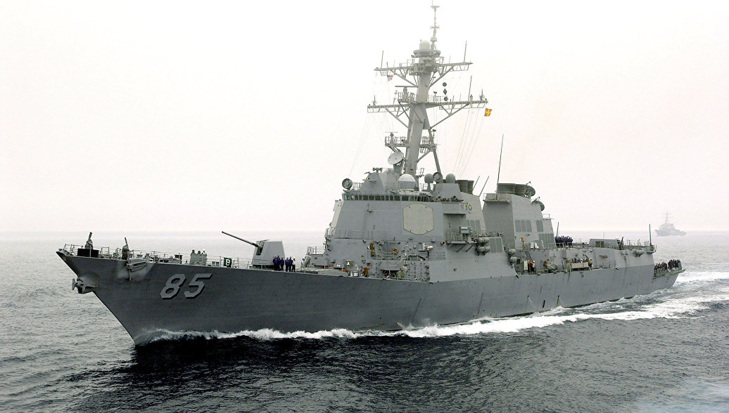 Американский эсминец демонстративно приблизился к базе Тихоокеанского флота