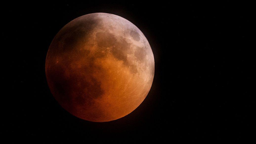 Источник: вариант ракеты от Рогозина для полетов к Луне выбрали основным