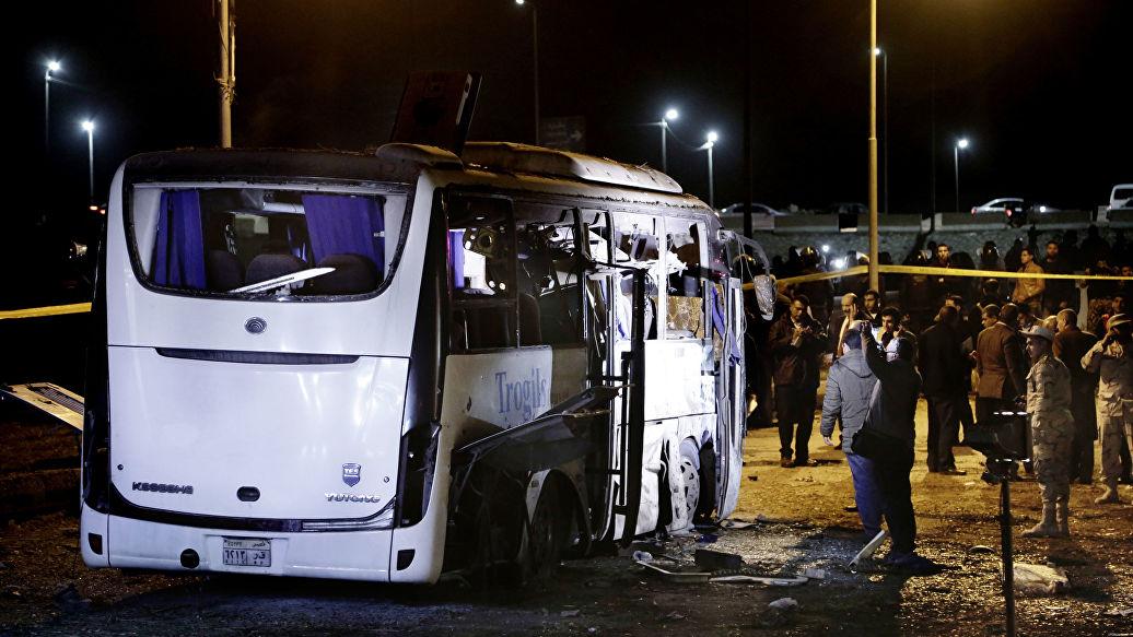 Бомбу у туристического автобуса в Египте взорвали дистанционно