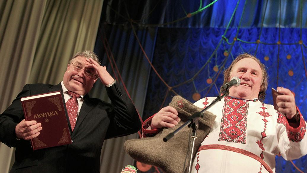 Глава Мордовии поздравил Жерара Депардье с юбилеем