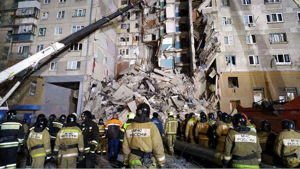Под завалами в Магнитогорске могут находиться до 40 человек