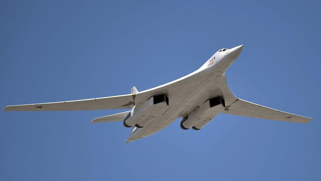 В Минобороны доказали превосходство Ту-160 над американским B-1B