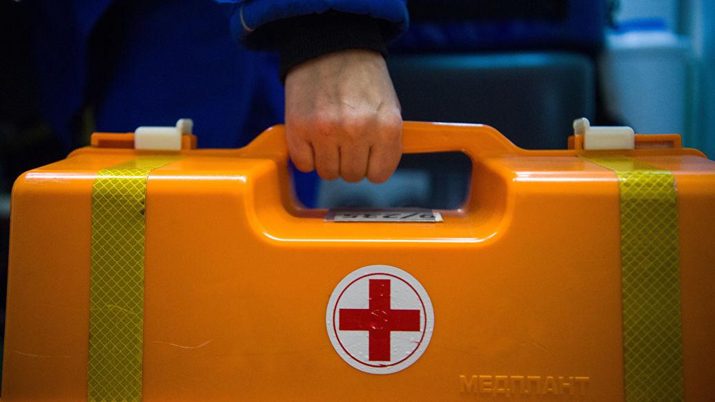 В Петербурге мужчина избил фельдшера скорой помощи