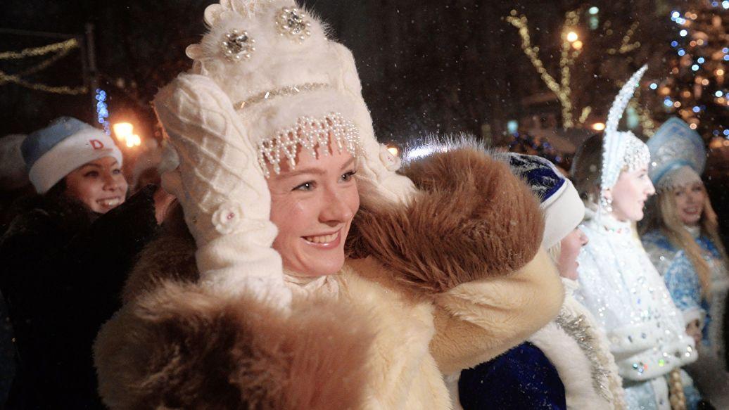 Идеологически верная Снегурочка: откуда взялась внучка Деда Мороза