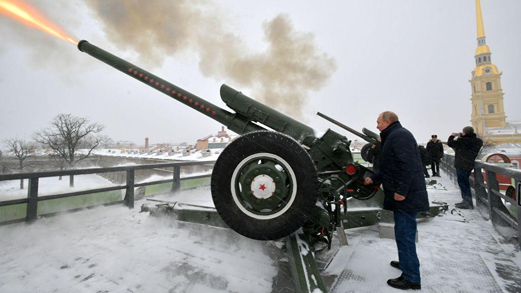 Путин рассказал о первом воинском звании