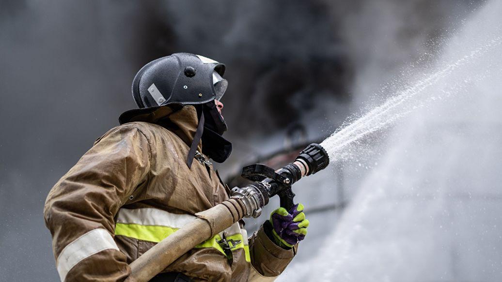 Площадь пожара в автосервисе в Новой Москве увеличилась