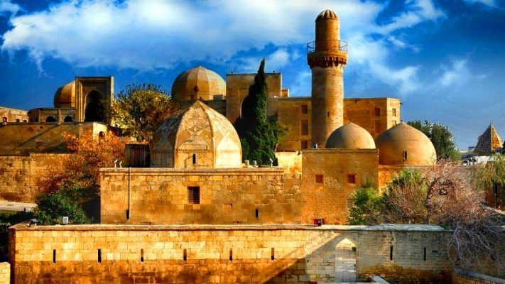 Большой выбор внутренних туров в Баку