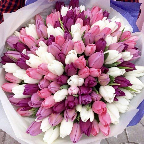 Великолепные цветы на праздник или каждый день