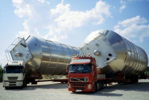 Перевозка негабаритных грузов в Санкт-Петербурге