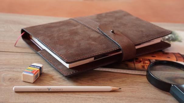 Блокноты и ежедневники из натуральной кожи